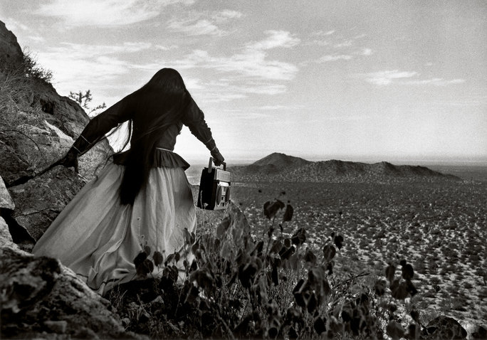 fff_exh2019_iturbide_angel woman-sonoran desert-mexico_1979.jpg